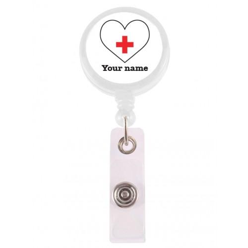 Porta Credenciales Retráctil Corazón Blanco con su Nombre